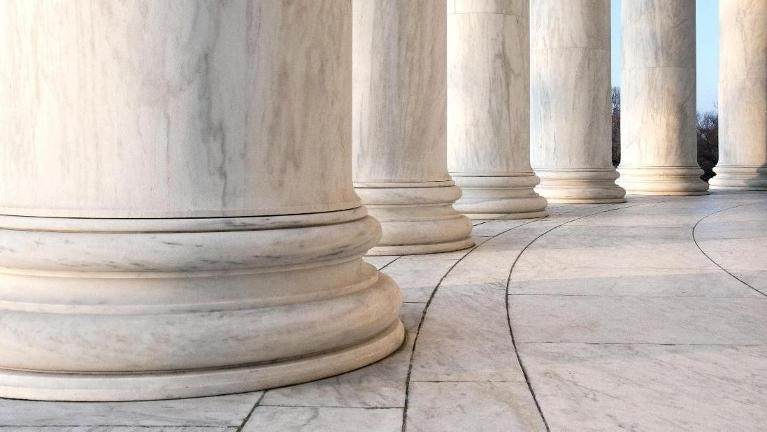 Photo of marble columns | Divorce Lawyer Schaumburg IL