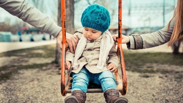 Small girl on swing | Child Support Law in Schaumburg